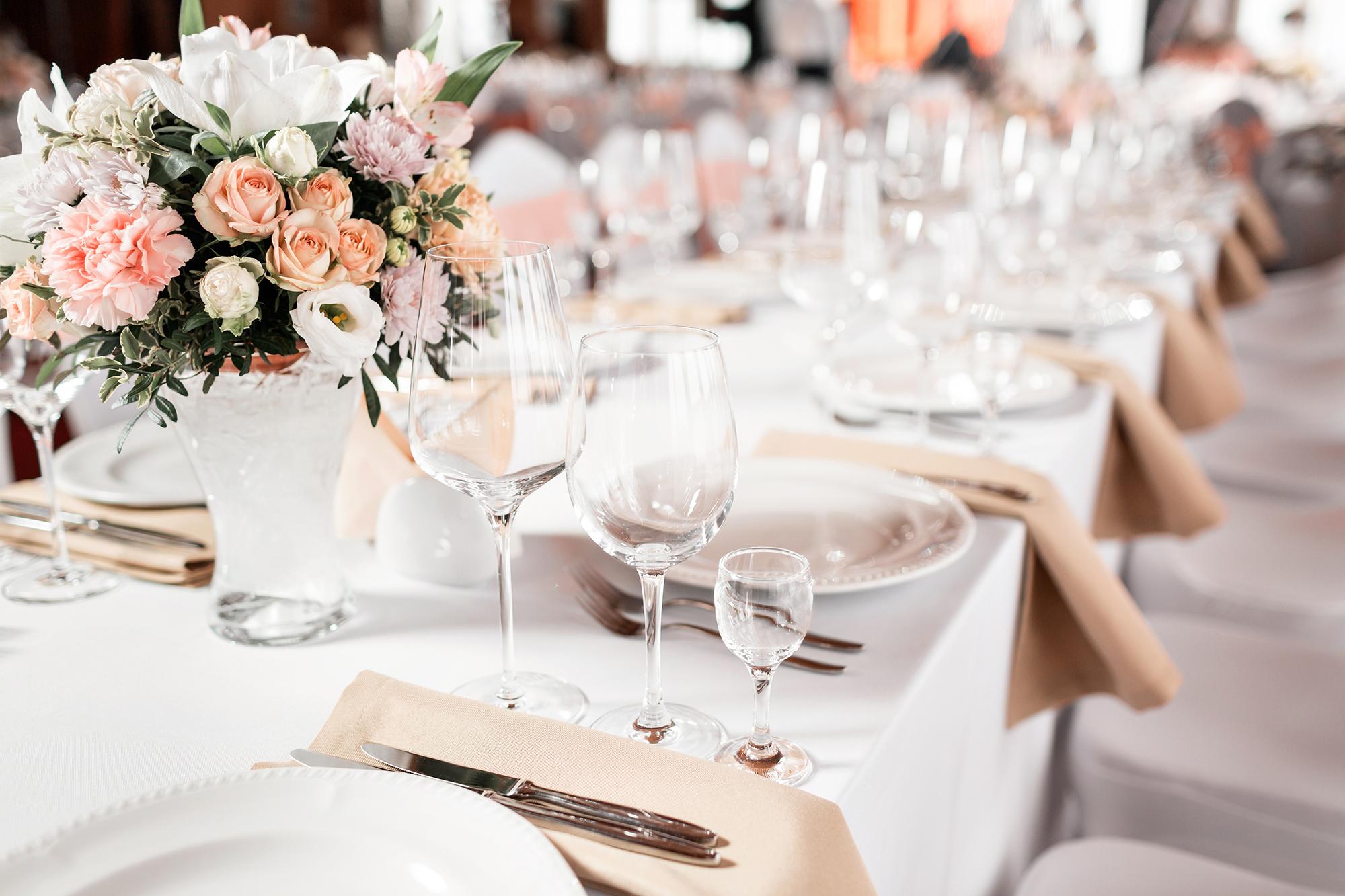 Checkliste: So gelingt Ihre Hochzeitsfeier im Restaurant garantiert