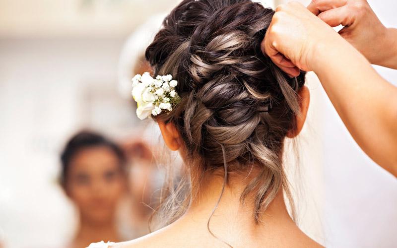 Hochzeitsfrisuren Tipps Fur Die Perfekte Brautfrisur