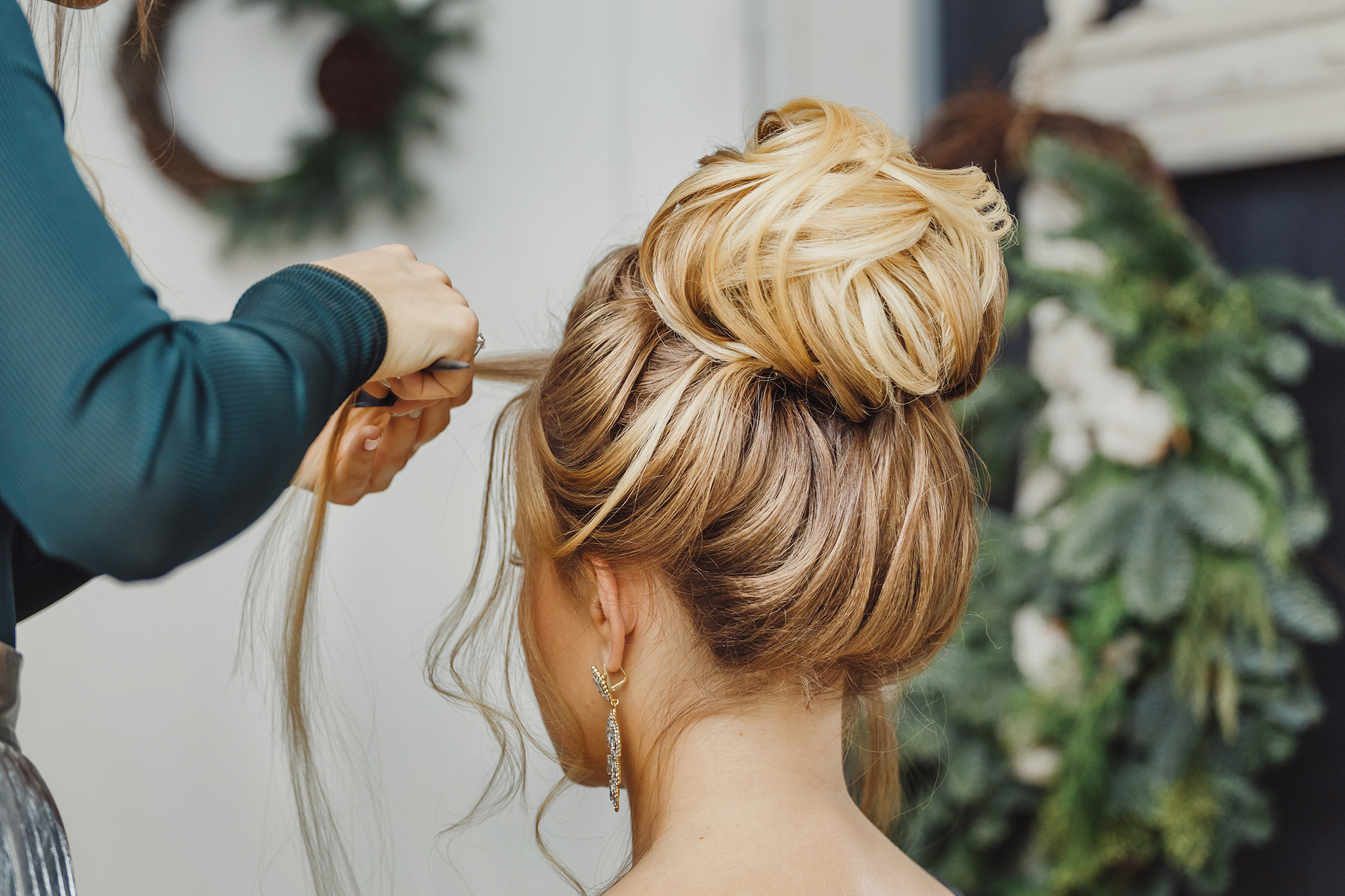 Hochzeitsfrisuren: Tipps für die perfekte Brautfrisur