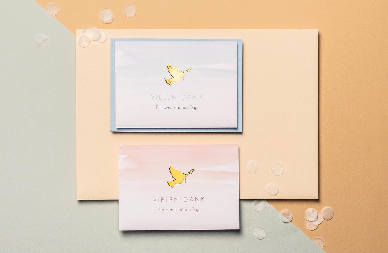 Dankeskarten zur Kommunion mit Tauben Symbol.