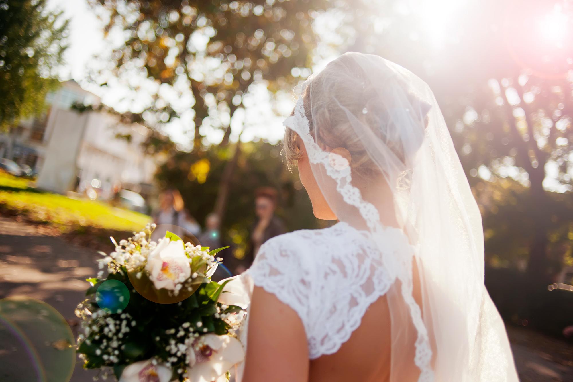 Brautschleier Warum Braut Ihn Tragt Und Welche Modelle Im Trend Sind