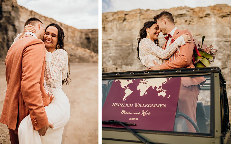 Das verliebte Brautpaar im Steinbruch und auf dem Geländewagen zu sehen, die Papeterie in Optik eines Reisepasses wurde auf der Windschutzscheibe platziert