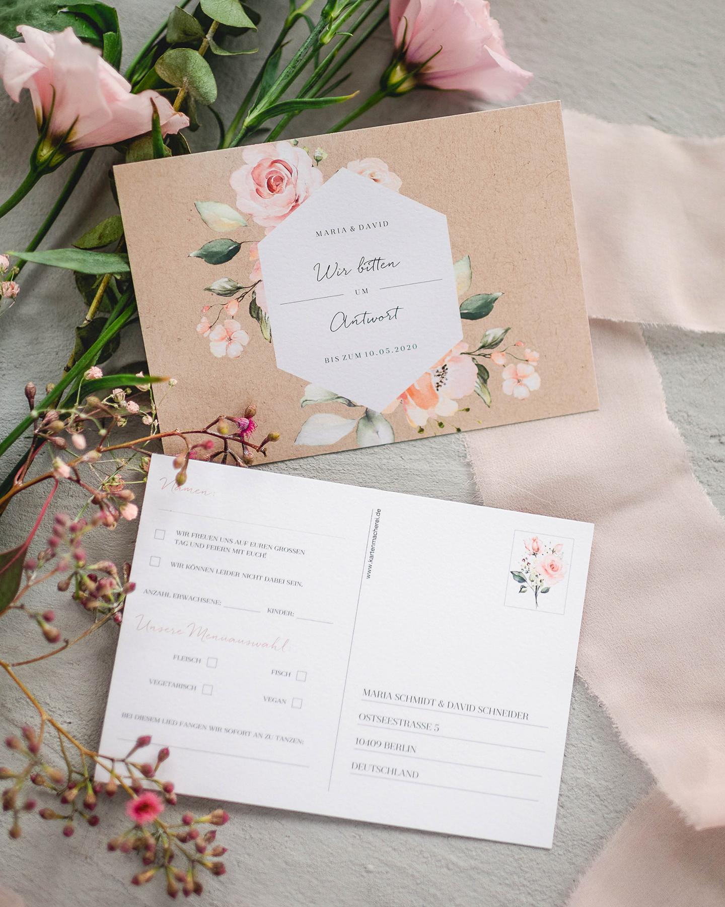 Antwortkarten zur Hochzeit im floralen Design