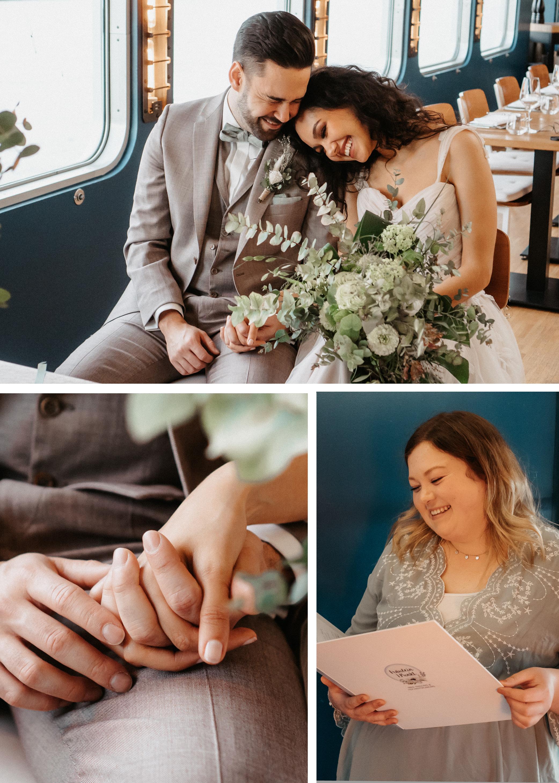 Freie Trauung auf einem Schiff mit verliebten Brautpaar und Traurednerin.