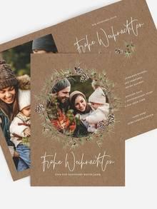 Kraftpapier Weihnachtskarten mit handgezeichneten Tannenzweig Illustrationen.