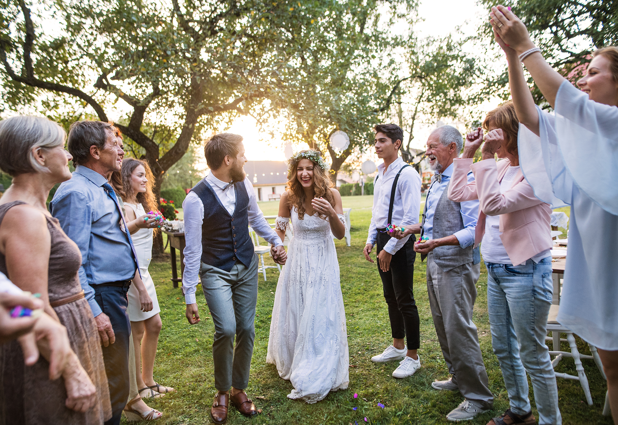 Dein Outfit als Hochzeitsgast: Diese Stilregeln solltest du beachten