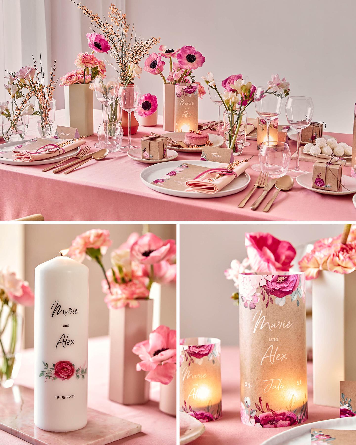 Gedeckte Hochzeitstafel in rosa Tönen und floralem Stil. Für die gemütliche Atmosphäre sorgen Windlichter und personalisierte Kerzen.