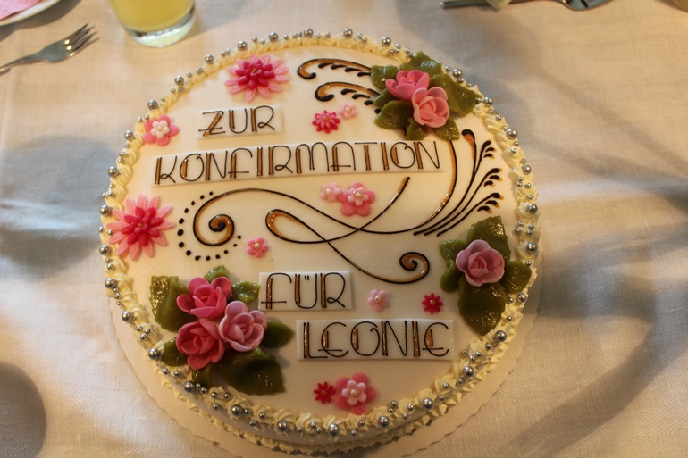 leckere Torte zur Konfirmation